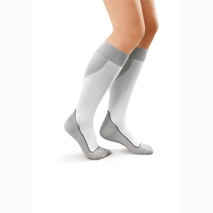 Jobst Knee High Closed Toe Sport Socks-15-20 mmHg