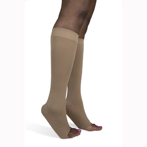 SIGVARIS 842C 20-30 mmHg Soft Opaque Knee High-Open Toe